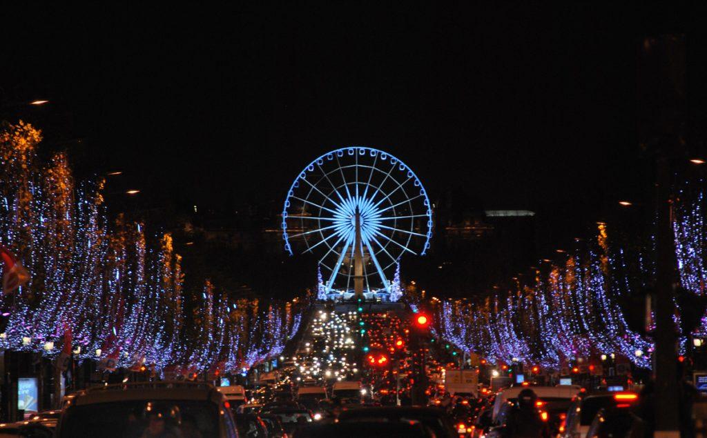 Париж в ожидании Рождества