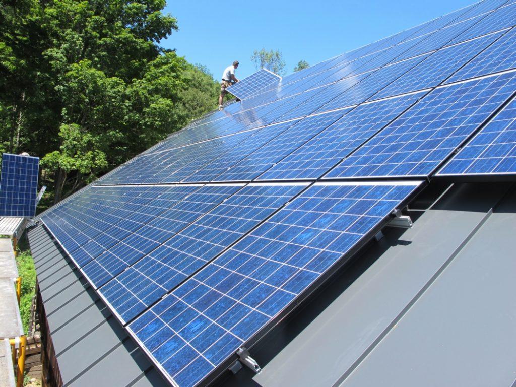 Солнечная система на крыше